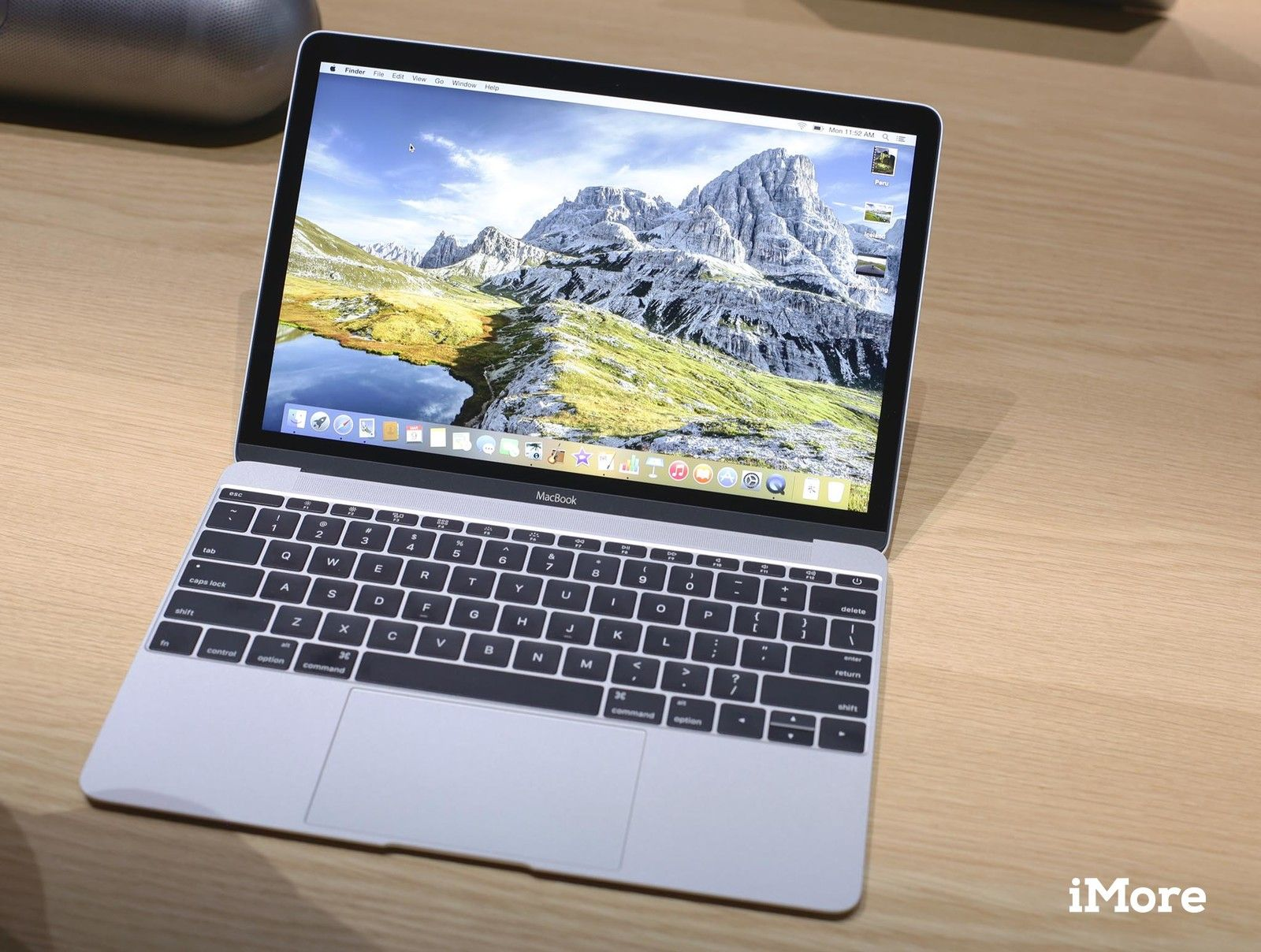 яблоко's new MacBook: How does its Retina display compare to other Macs?